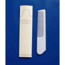 BC151032 BODY CARE KAMM- weißer Kunststoff-Kamm ca. 14cm Länge- verpackt in tr Produktbild