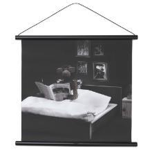 Abefoto/Godnatlæsning Kay Bojesen 43.6x43 cm Lærred Bøglister/sort Lædersnor product photo
